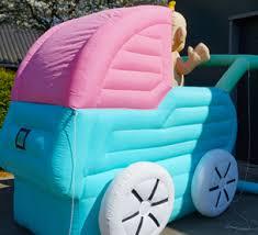 # 30 Wandelwagen met baby, opblaasbaar 2